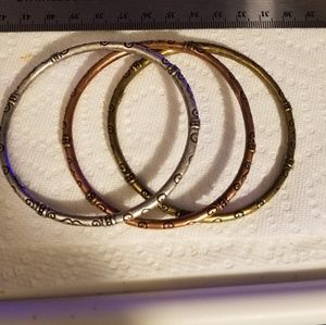 Premier Designs three amigas bracelets